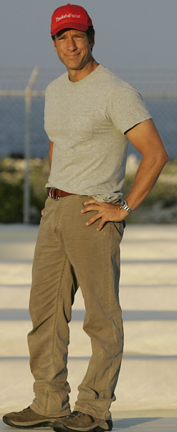Mike Rowe cropped.jpg